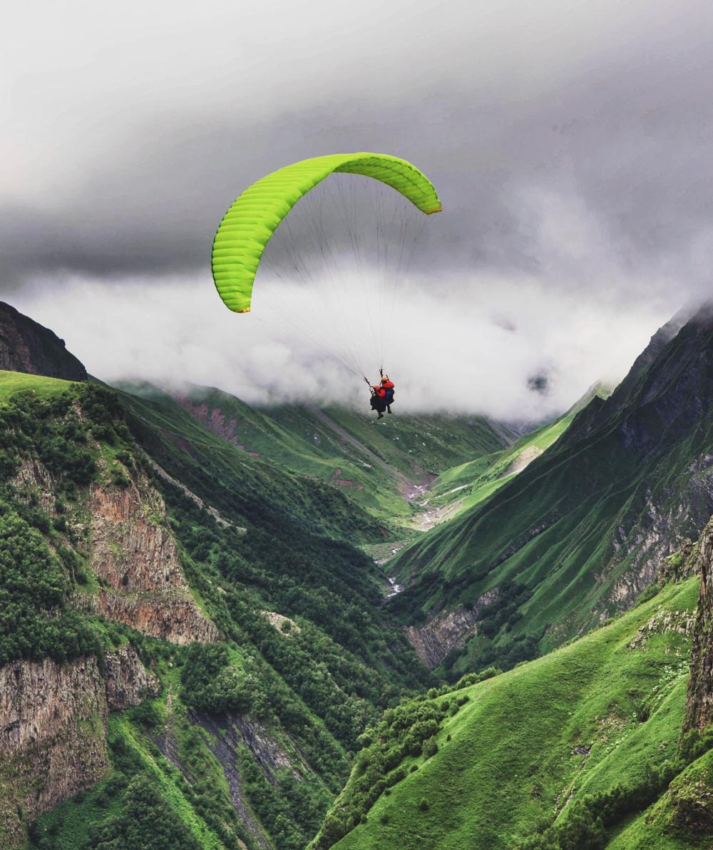 Glider in a Valley
